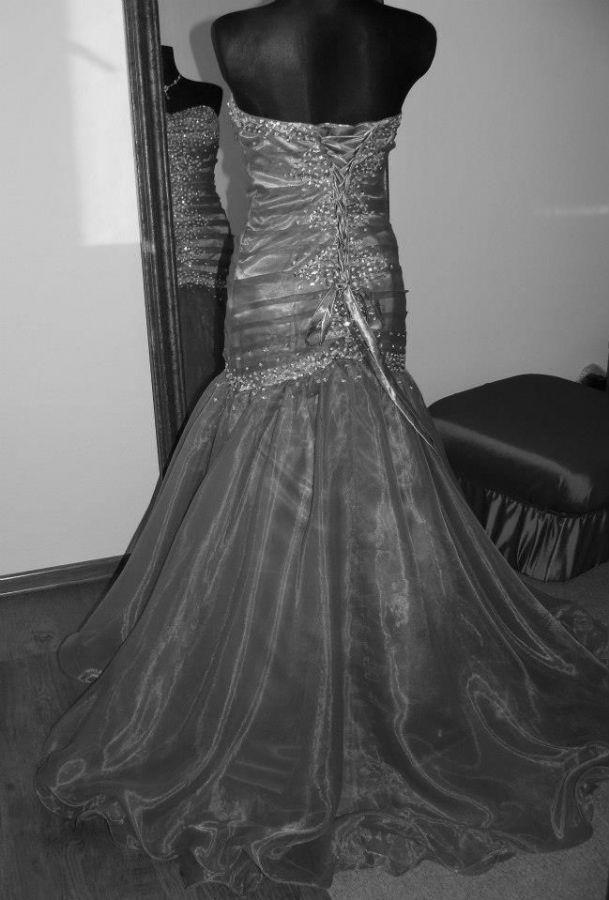 společenské šaty » skladem » fialová. Cena s DPH 3800.00 Kč ddefc2ef363